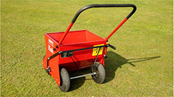 Ручной Handspreader H620 для внесения наполнителя в газон